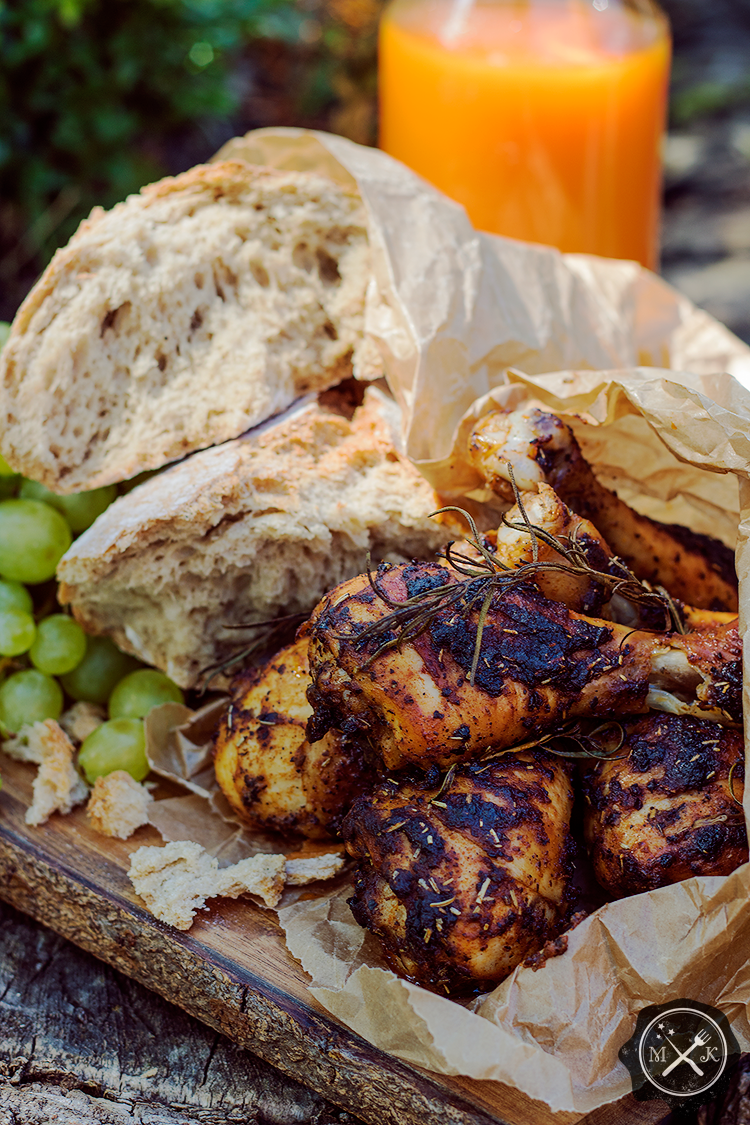 Udka z kurczaka z chlebem i sokiem dyniowym