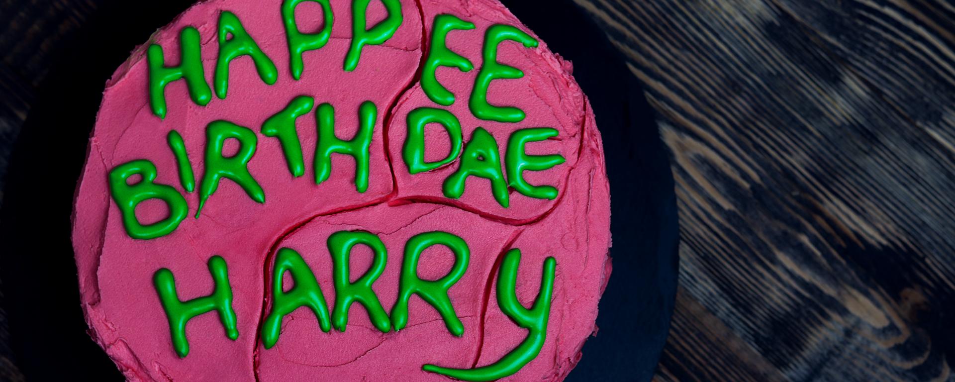 Urodzinowy tort od Hagrida dla Harry'ego Pottera